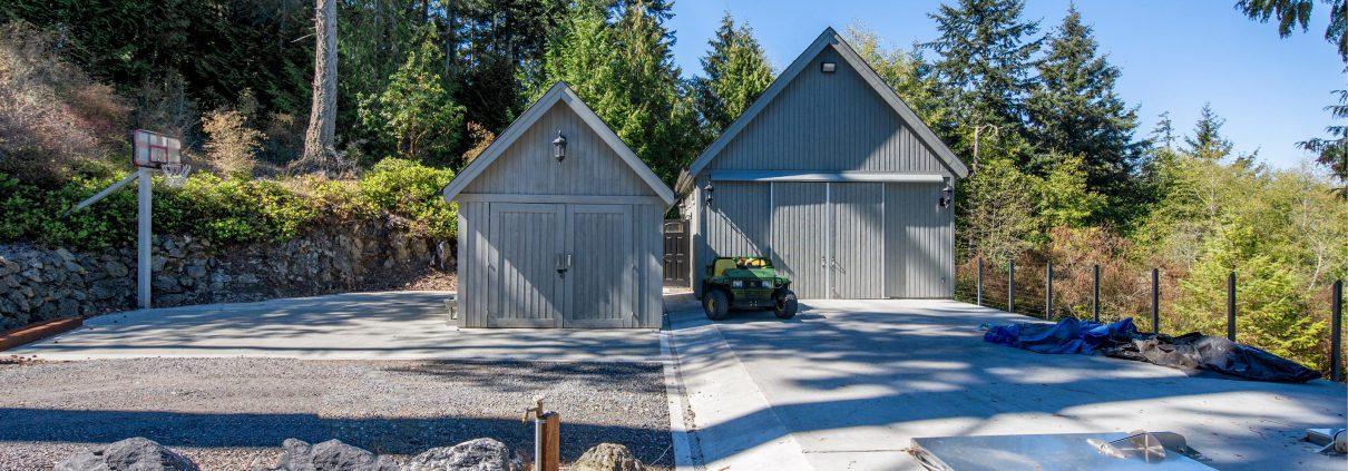 Shop, Utility Building & Basketball Court - Eagle's Nest Estate