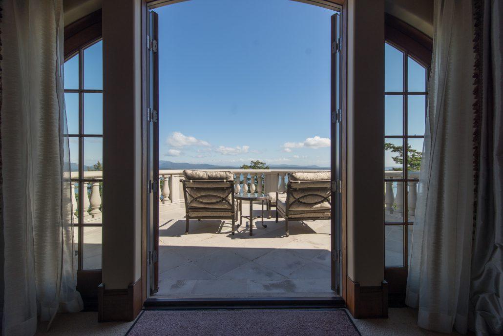 Guest Suite 1 Terrace View - Eagle's Nest Estate