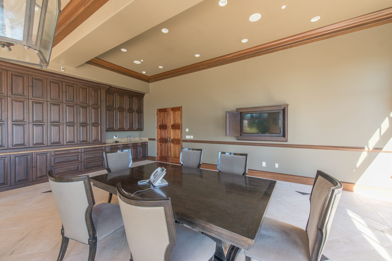 Banquet Room (6)