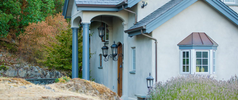 Guest House, Eagles Nest Estate by Alex Beattie